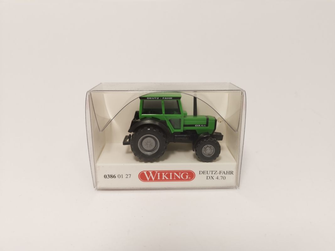 03860127 Deutz-Fahr DX 4.70 Wiking