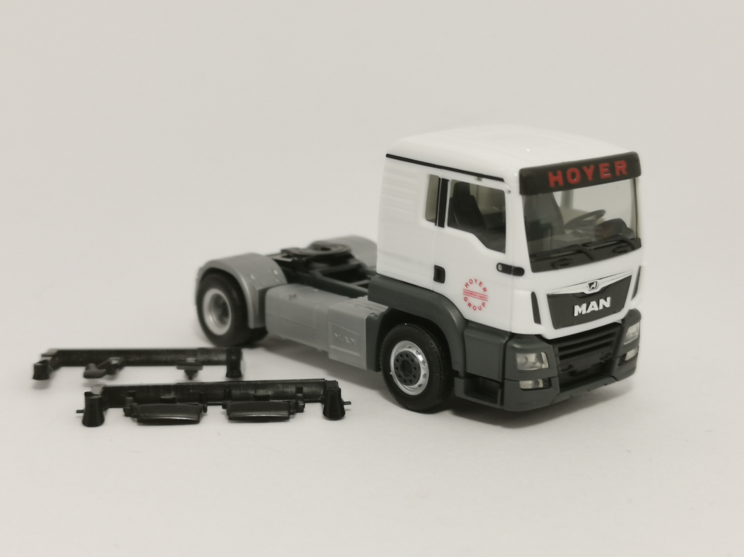 "MAN TGS L Euro 6c ""Hoyer Group"" Herpa"