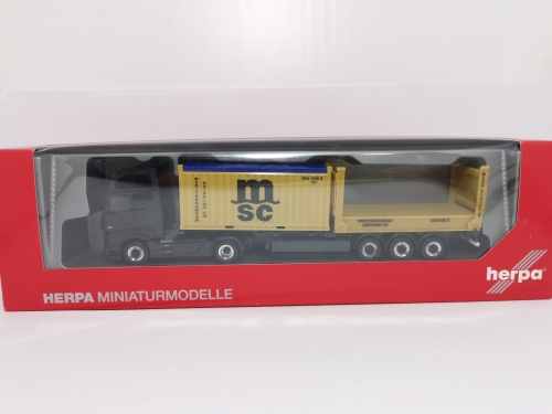 "302999  Mercedes-Benz Actros Gigaspace Container-Sattelzug ""MSC"" Herpa"