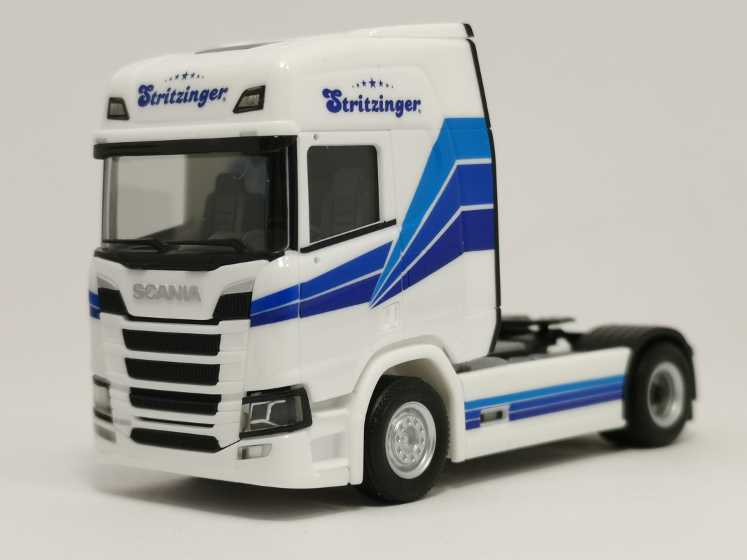 "Scania CR HD Zugmaschine ""Stritzinger"" Herpa"