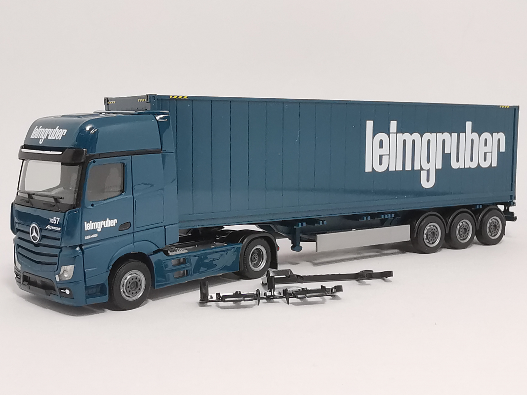 "935920 Mb Actros Container Sz ""Leimgruber"" Herpa"