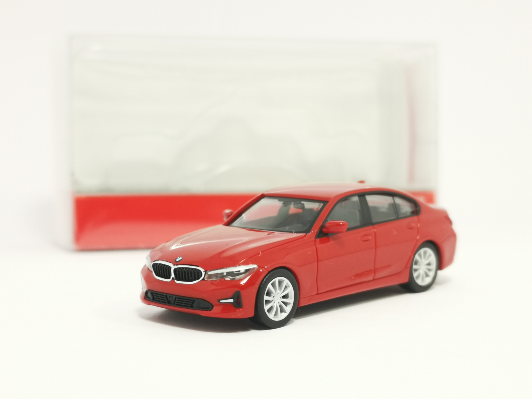 430791 BMW 3er Limousine, Melbourne rot metallic Herpa