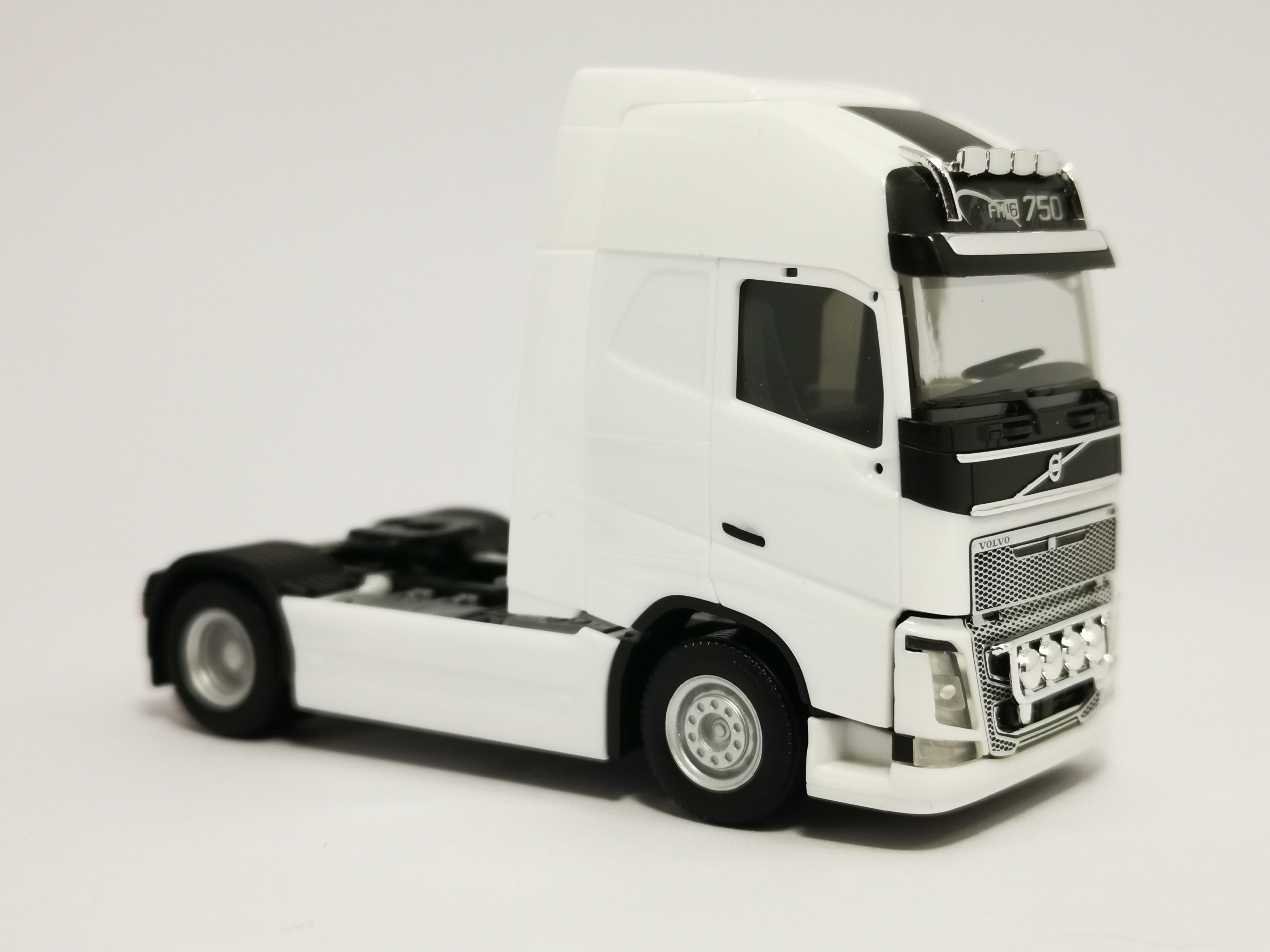 304047-004 //HN441 XL Zugmaschine weiß Nr Herpa Volvo FH 16 Gl