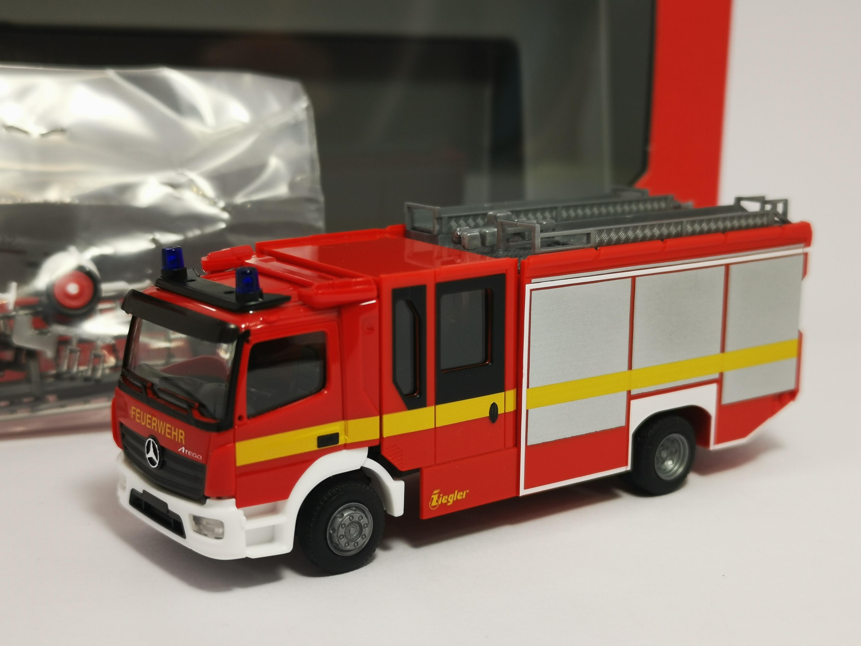 1//87 Herpa MB Atego 13 Ziegler Z-Cab Feuerwehr 095327