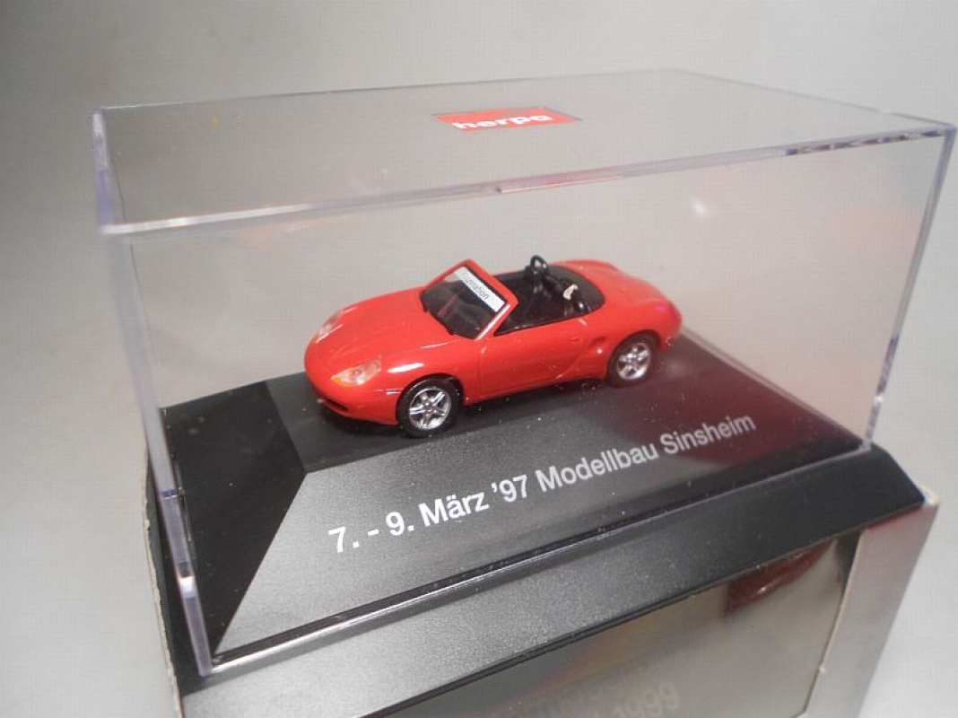 Porsche Boxster rot pc Herpa