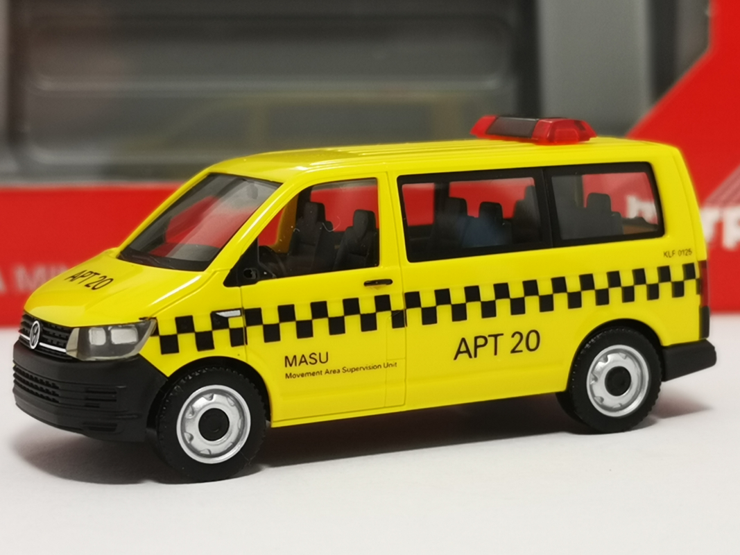 "095112 VW T6 Bus ""Fraport / MASU APT 20"" Herpa"